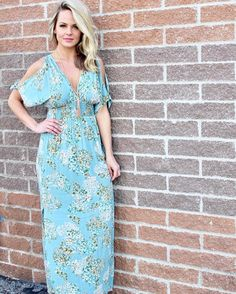 Maxi dress sent to us from the fashion gods! This dress has already been a huge hit because it's perfect for any event in your life: summer wedding vacation Date Night etc... #shopamelias