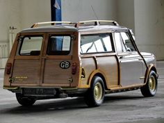 "1962 MINI Classic Cooper - 850 MkI Traveller Woodie ""Wood&Gold"" 
