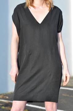 Vogue 1496 Cocoon Dress in Black Nicole Miller Tencel |  Baste + Gather