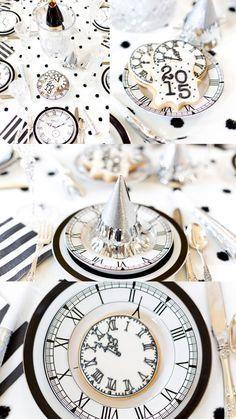 Soirée Saint-Sylvestre en noir et blanc - dd Deco Buffet, Deco Table, Deco Nouvel An, Saint Sylvestre, New Years Eve Decorations, Nye Party, Party Fun, Party Hats, Party Decoration