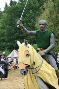 german knight from the reenactment group, Deustche ritterconvent. Awesome clothing. XIII th century