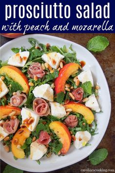 This prosciutto salad with peach and mozzarella is an elegant and delicious way to enjoy the fantastic flavors of summer. Better yet, it's easy to make. Perfect as an appetizer or for a light lunch. Side Dish Recipes, Veggie Recipes, Side Dishes, Winter Salad, Foodblogger, Side Salad, Spring Recipes, Prosciutto, Soup And Salad