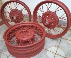Llantas restauradas totalmente de Ford A 1928 1ra. serie importadas. Originales.  http://www.arcar.org/repuesto-llantas-ford-a-1928-10971