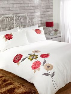 Bed Cover Design, Cushion Cover Designs, Bed Design, Bed Sheet Painting Design, Fabric Painting, Draps Design, Tropical Bedroom Decor, Designer Bed Sheets, Floral Bedspread