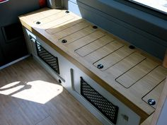 Amazing Inspiring Interior RV Campers for Hitting the Road - Wohnwagen Camper Life, Rv Campers, Camper Van, Tiny Camper, Car Camper, T4 Camper Interior Ideas, Van Interior, Kangoo Camper, Sprinter Camper