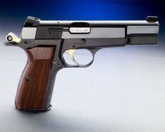 Browning Hi Power Pistol Home Defense, Self Defense, Military Guns, Cool Guns, Guns And Ammo, Browning, Outdoor Travel, Firearms, Hand Guns