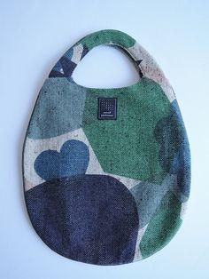 Dice Bag, Denim Crafts, Craft Bags, Fabric Bags, Cotton Bag, Cloth Bags, Handmade Bags, Bag Making, Purses And Bags