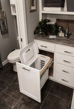 You are going to love these 35 absolutely ingenious ideas and DIYs for bathroom organization and storage to help you create the most organized bathroom.