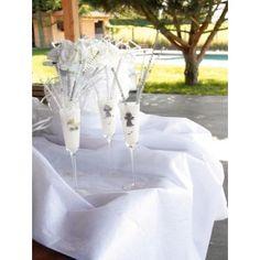Nappe blanche intissé diamant rectangle diamant en tissu non tissé, nappe intissé raffiné ornée de diamants de décoration pour mariage et fête.