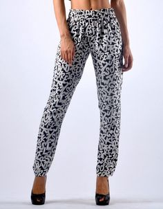 Soft Trousers - Black and White Diana, Trousers, Pajama Pants, Pajamas, Black And White, Elegant, Chic, Beautiful, Fashion
