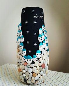 Cam vazo üzerine. Stone  painting