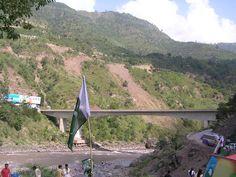 Pakistan Flag - Kohala Bridge