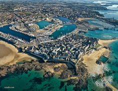 Saint Malo Intra Muros France City, Ville France, Places To See, Places To Travel, Region Bretagne, Excursion, Daddy Day Care, France Travel, Aerial View
