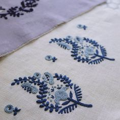 Olympus Sashiko Fabric Tablerunner Kit - Temari Balls & Seven Treasures - Navy - Japanese Embroidery, Quilting, Sewing - Embroidery Design Guide Sashiko Embroidery, Embroidery Flowers Pattern, Japanese Embroidery, Hand Embroidery Stitches, Hand Embroidery Designs, Embroidery Techniques, Embroidery Art, Cross Stitch Embroidery, Embroidery Supplies