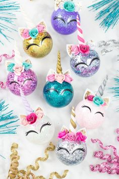 How to Make Glitter Unicorn Horn Christmas Ornaments My unicorn obsession continues and this time I decided to deck the halls with all things glitter and sparkle. These unicorn ornaments are so fun to make and my Unicorn Christmas Ornament, Unicorn Ornaments, Diy Christmas Ornaments, Homemade Christmas, Simple Christmas, Holiday Crafts, Christmas Decorations, Glitter Ornaments, Christmas Projects