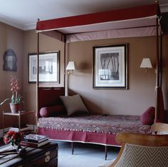In the guest room of a restored late-Georgian London townhouse, Timothy Whealon used red and white ticking to create a canopy for a French Directoire campaign bed. The bedspread is an antique Persian textile. Georgian Townhouse, London Townhouse, London Apartment, Georgian Homes, Pink Bedroom Decor, Condo Bedroom, Dream Bedroom, Red Rooms, Couple Bedroom