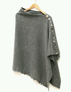 Sewing projects clothes sweaters simple ideas Knitting TechniquesKnitting For KidsCrochet Hair StylesCrochet Stitches Diy Fashion, Ideias Fashion, Womens Fashion, Fashion Design, Fashion Clothes, Diy Clothing, Sewing Clothes, Crochet Clothes, Mode Inspiration