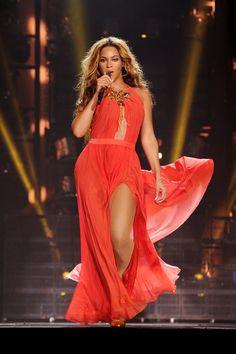Alon Livne - Beyoncé Breakdown: The Mrs. Carter Show Costumes