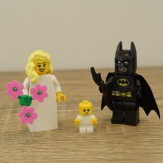 Lego Batman and Lego Bride,  Lego Batman Minifigure, Lego wedding cake topper, Lego Wedding, Wedding Lego, Lego minifigures, Batman
