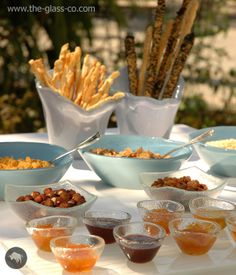 Bespoke dinnerware & glass dinnerware sets for hotels and restaurants. Glass plates, dinnerware and tableware design for professional food presentation. Breakfast Presentation, Food Presentation, Glass Bowls, Breakfast Buffet, Plate Design, Dinnerware Sets, Bowl Set, Restaurant, Plates