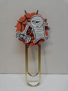 APeeling Papercrafts-giant paper clip