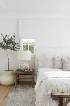 How To Get A Better Night's Sleep, According To Doctors Slipcovered Headboard, Cream Headboard, Linen Headboard, Headboards, Suites, Interior Modern, White Interior Design, Natural Interior, Simple Interior