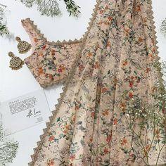 Ideas Bridal Wedding Indian Lehenga Saree For 2019 Indian Bridal Outfits, Indian Bridal Fashion, Indian Designer Outfits, Indian Dresses, Indian Clothes, Indian Look, Indian Ethnic Wear, Indian Lehenga, Lehenga Saree