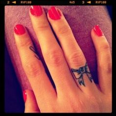 I've kinda wanted a finger tattoo for a while now... I like this.