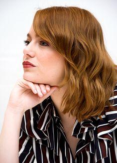 "Emma Stone ""La La Land"" Press Conference at the Toronto International Film Festival Gorgeous Redhead, Beautiful, Ema Stone, Blake Steven, Old Hollywood Style, Grunge Hair, Hair Inspo, Red Hair, Toronto"