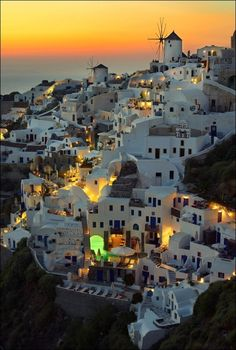 Santorini, not to mention the wine that is to die for here!