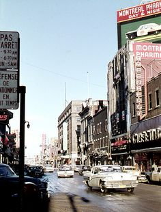 Montréal, les années - Montreal, the Ste-Catherine st at Crescent st. Old Montreal, Montreal Ville, Montreal Quebec, Montreal Canada, Quebec City, Canadian History, City Photography, Vintage Photography, Canadian Rockies