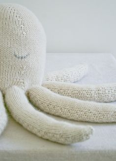 Whits Knits: Knit Octopus - The Purl Bee - Knitting Crochet Sewing Embroidery Crafts Patterns and Ideas!