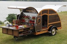 The Bulleit Frontier Whiskey Woody-Tailgate Trailer Offered by Neiman Marcus, this custom trailer designed by Brad Ford includes one-year supply of Bulleit Bourbon and Bulleit Rye. Now that's a tailgater. Bulleit Bourbon, Bourbon Bar, E Motor, Food Trailer, Catering Trailer, Trailer Plans, Teardrop Trailer, Teardrop Campers, Teardrop Caravan