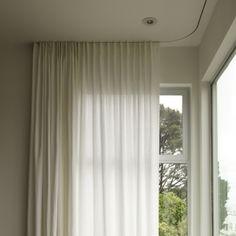 Recessed curtain rail