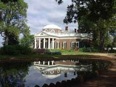 Monticello, Charlottesville, Virginia, USA. UNESCO World Heritage Site. In addition to writing the American Declaration of Independence and being third president of the United States, Thomas Jefferson was also a talented architect of neoclassical buildings.