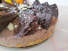 Tort cu mousse de ciocolata - imagine 1 mare