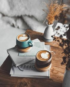 The Most Satisfying Cappuccino Latte Art - Coffee Brilliant But First Coffee, I Love Coffee, Hot Coffee, Coffee Break, Morning Coffee, Iced Coffee, Coffee Mornings, Coffee Enema, Starbucks Coffee