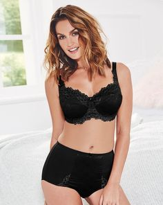 e56aa414b5 Pretty Secrets Ruby Full Cup Underwire Bra Black Size UK 42D DH182 DD 19   fashion