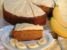 banana and avocado cake Avocado Cake, Home Baking, Cake Ingredients, Top Recipes, Vanilla Cake, Cupcake Cakes, Cupcakes, Cookie Recipes, Cheesecake