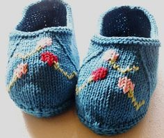 Ravelry: Kim's Slippers pattern by Belinda Ostrowski