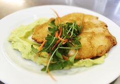 Denné menu Vranov | Vyprážané kuracie prsia v cestíčku, hráškovo-zemiaková kaša - reštaurácia Hotel Patriot*** #hotel #restaurant #food