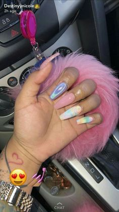 Looking for easy nail art ideas for short nails? Look no further here are are quick and easy nail art ideas for short nails. Dope Nails, Nails On Fleek, Fun Nails, Matte Nails, Acrylic Nails, Acrylics, Nails Kylie Jenner, Birthday Nails, Gorgeous Nails
