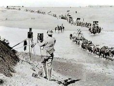 Roberts's ride into Kroonstad with his camera's poised to capture the occasion. Safari, African History, Military History, Vintage Photographs, Family History, Britain, Om, War Horses, Colonial