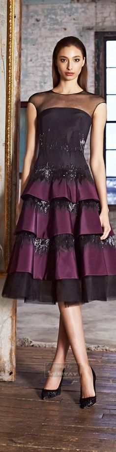 Pamella Roland - Pre-Fall 2015 - Look 12 of 21 - Note. pre-fall RTW lace signatures wherein the the hems are left raw or unsewn. Purple Fashion, Fashion Show, Fashion Design, Runway Fashion, Dress Me Up, Pretty Dresses, Dress To Impress, Beautiful Outfits, Evening Dresses