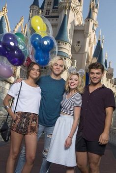 Maia, Ross, Grace and Garret: they're such the cutest cast ever!❤️✨ #tbm #rosslynch #maiamitchell #gracephipps #garretclayton
