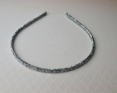 A silver color headband to match any outfit Minimalists
