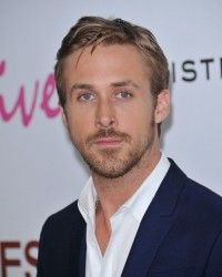 We've seen young Ryan Gosling dance his heart out to C+C Music Factory and we've watched him sing to a crowd of screaming girls alongside Justin Timberla. Ryan Gosling Dancing, Celebrity Hairstyles, Easy Hairstyles, Short Hair Styles Easy, Liam Hemsworth, Dance Moves, Trends, Brad Pitt, Male Hairstyles