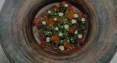 Restaurant Fangst: Når nordiske råvarer møter japansk tilberedelse blir det både intimt, godt og sosialt. Oslo, Restaurant, Diner Restaurant, Restaurants, Dining