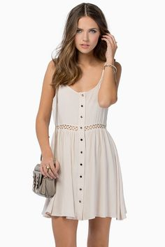 Cute casual summer dress Good for the beach or when I HAVE to dress up (since I don't like wearing dresses very much)