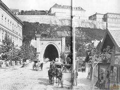 1890 körül. Az alagút nyugati oldala Old Pictures, Old Photos, Budapest Hungary, Historical Photos, The Past, Street View, Marvel, Landscape, History